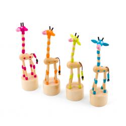 Дървена играчка Pino - Весел жираф
